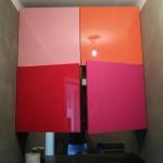 Kolorowa zabudowa łazienkowa