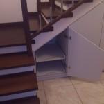 Zabudowa pod schodami na wymiar
