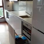 Szuflady wewnętrze w kuchni