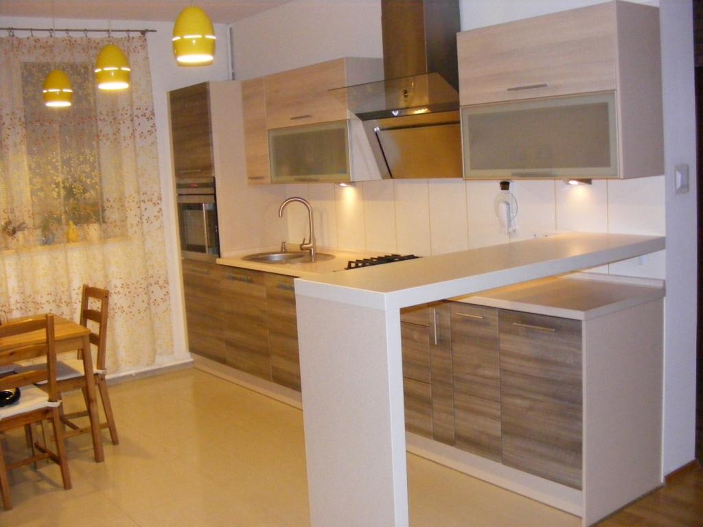 kuchnia otwrta na salon -> Kuchnia Z Barkiem Na Salon