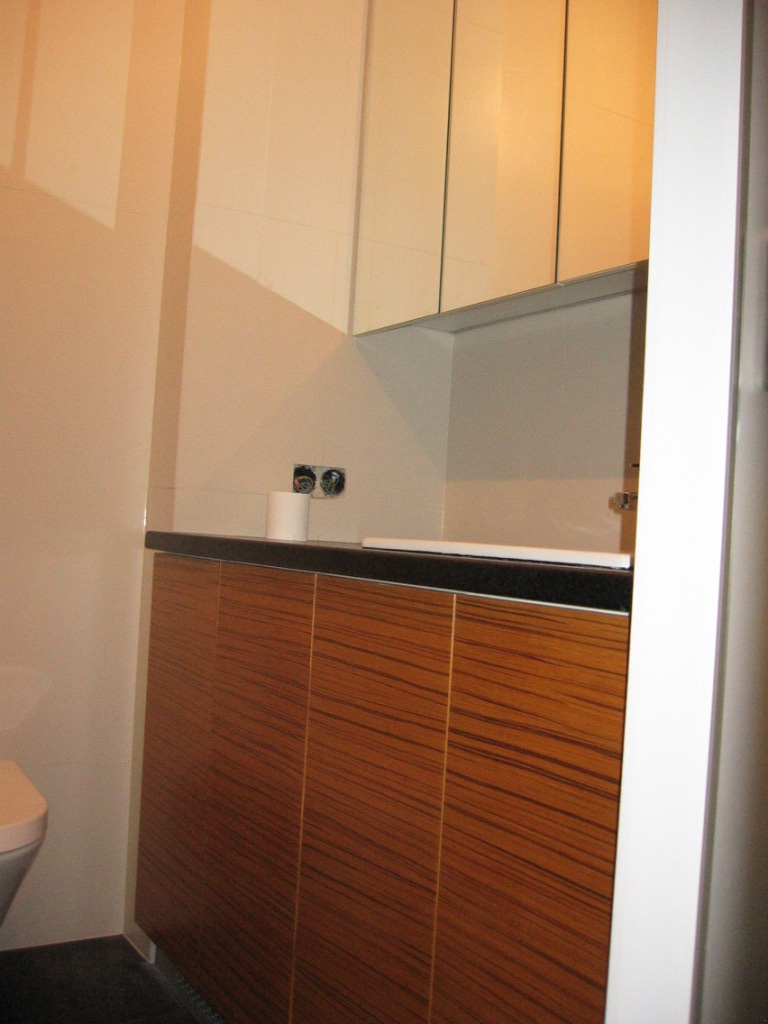 meble na wymiar, meble fornirowane, łazienki i kuchnie