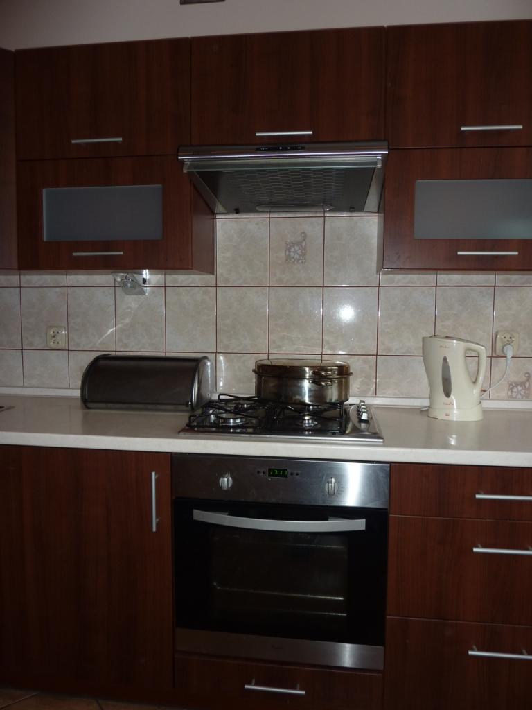 nowoczesne kuchnie warszawa, nowoczesne kuchnie na wymiar, mała kuchnia aranżacja
