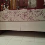 Meble łazienkowe lakierowne