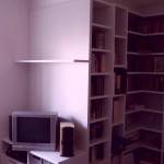 Wysoka zabudowa biblioteki, meble na wymiar, zabudowa na indywidualne zamówienie